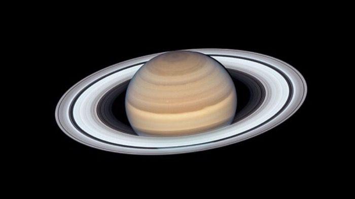 Darkfire übernimmt den Saturn