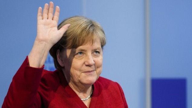 Merkel wechselt zur AfD