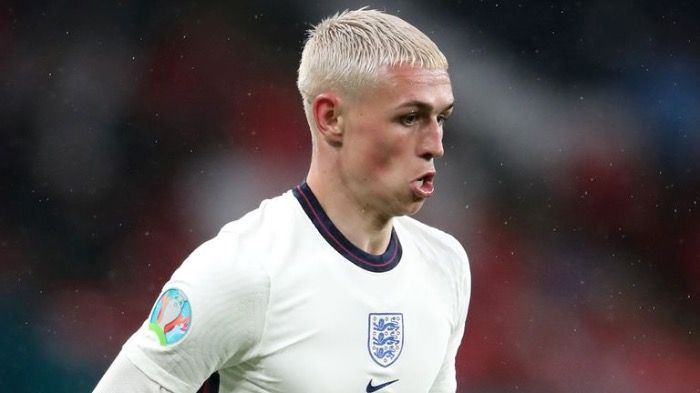 Professional football player Phil Foden found dead in Wembley's Football stadium toilets.