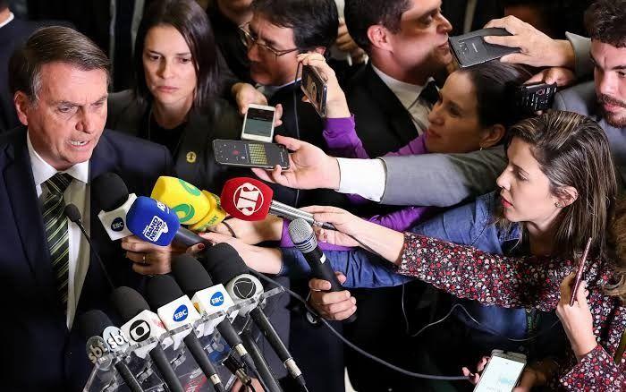 Jair Bolsonaro do PSL, disse e um coletiva de emprenssa disse que vetará INSS ENTENDA!!