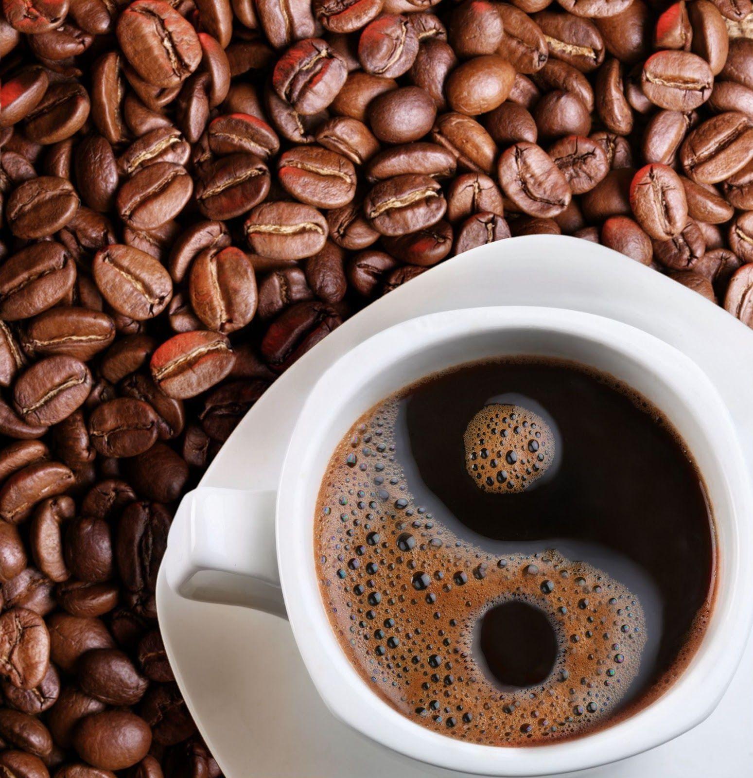 Vacunas contra el COVID-19 altera el gusto del cafe